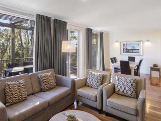 2 Bedroom Premier Villa - Lounge