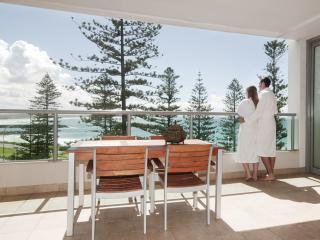2 Bedroom Ocean View Apartment