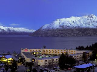 Queenstown Hotels & Mountains