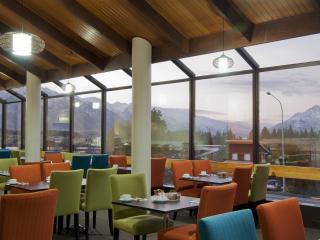 Hillarys Restaurant