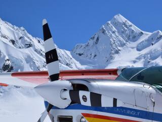 Ski Plane