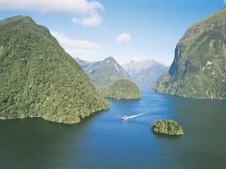 Doubtful Sound Wilderness Cruise