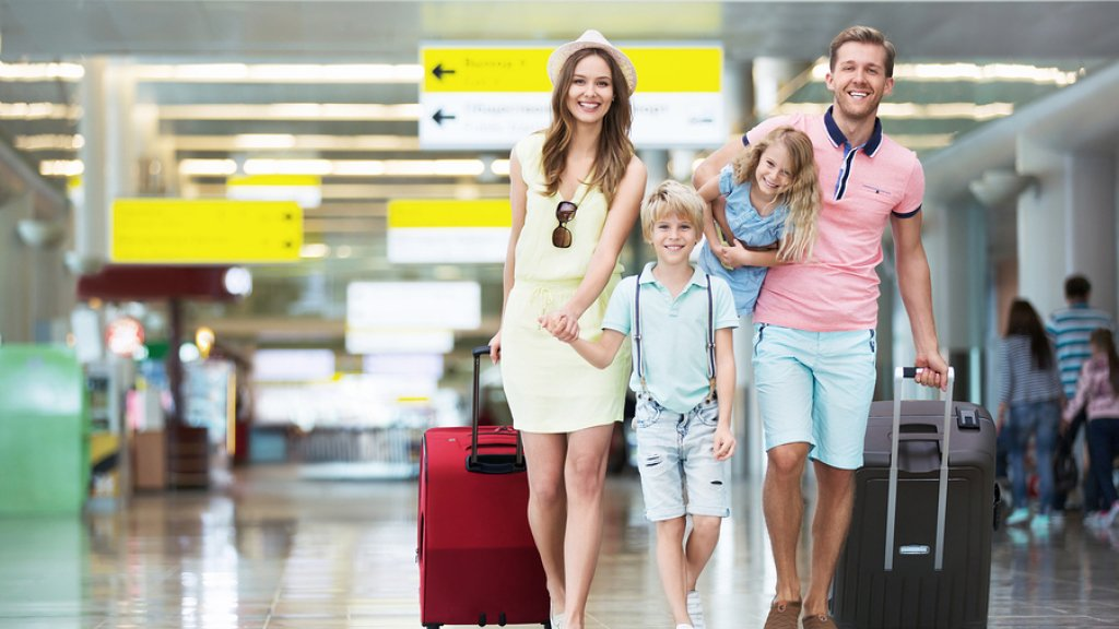 Generic Stock Images - Family with Suitcases [HD]