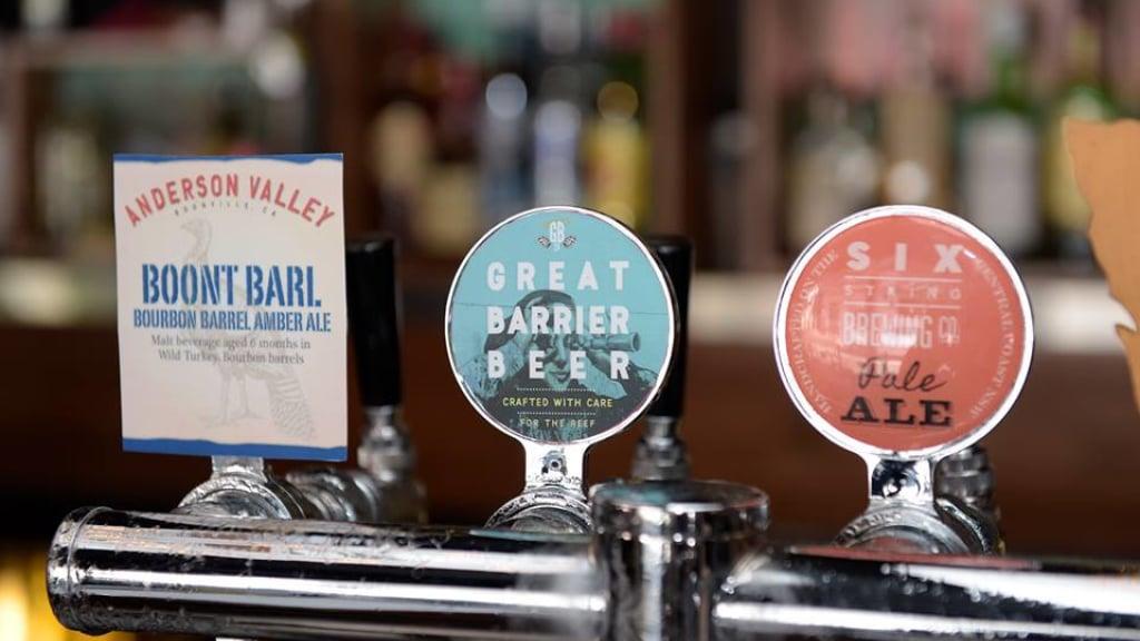 Blog - Generic - Great Barrier Beer [HD]