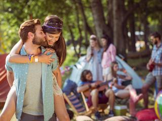 Blog - Generic - Couple Festival