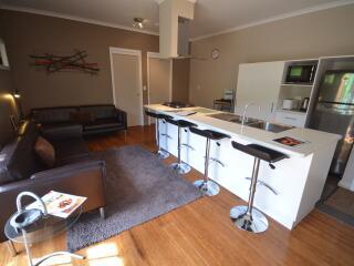 5 Bedroom Executive Kitchen.JPG