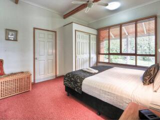 Strathlands Cottage - Bedroom