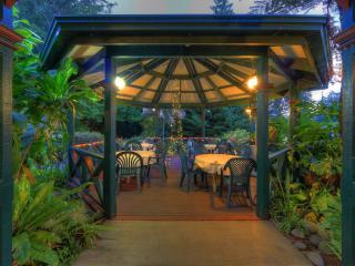 Garden Rotundas