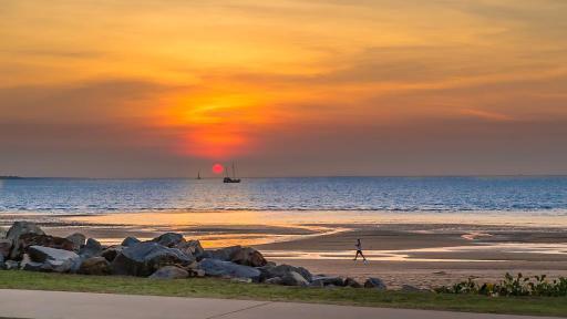 Mindel Beach Sunset