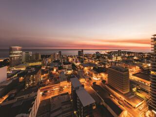 Harbour & City Views