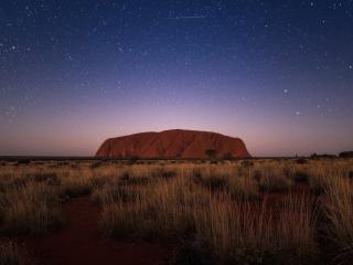 Uluru at night[HD]