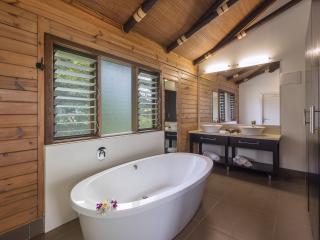 VIP Villa Bathroom