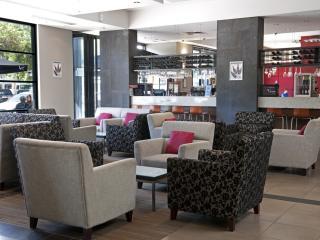 SQ Restaurant Bar