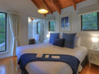 Savoy Cottage