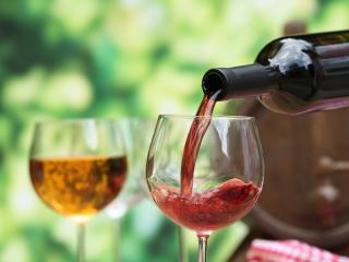 Red Wine & Wine Glass