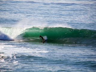 Alexandra Headland Surfing