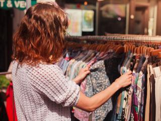 Street Market, Clothes
