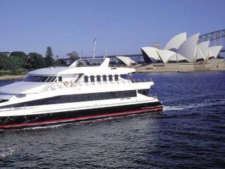 Magistic Cruises - Opera House Panoramic