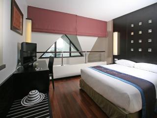2 Bedroom Executive Suite - Bedroom