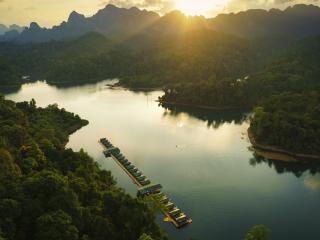 Elephant Hills Rainforest Camp Cheow Larn Lake Khao Sok National Park
