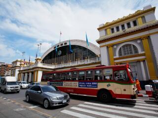 Nearby Hua Lamphong Railway Station