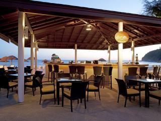 Sunset Bar Le Meridien Phuket Beach Resort