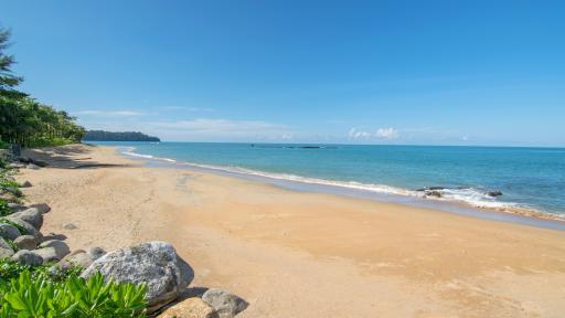 Nang Tong Beach