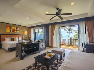Deluxe Room - Bedding