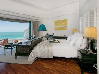 Club Ocean View Room