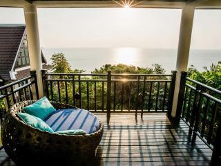 Club Tropical Pavilion Suite