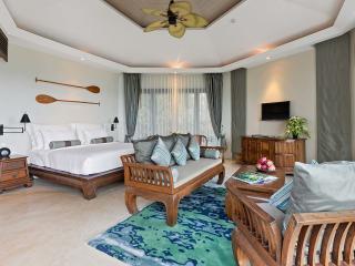 Ocean View Plunge Pool Bedroom