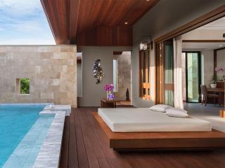 Tropical Hideaway Pool Suite