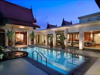 Grand 2 Bedroom Pool Villa