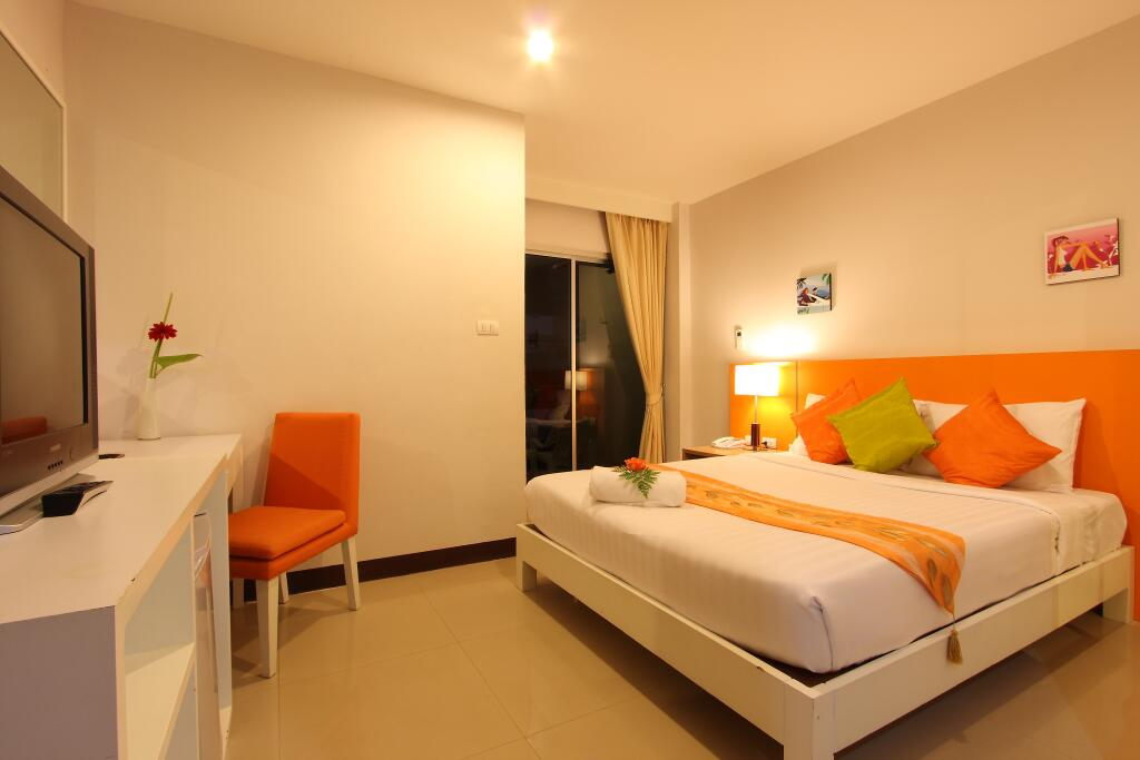 Baramee hip hotel accommodation for Hippest hotels