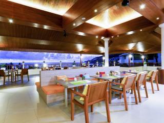 Tropics Restaurant