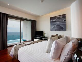 Sea View Executive Pool Penthouse