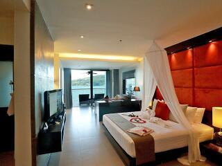 Sea View Honeymoon Suite