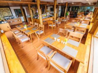 Phunaka Restaurant