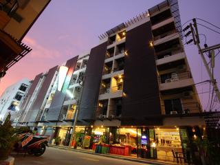 Baramee Hip Hotel