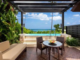 Villa with Pool and Sea Views - Pool