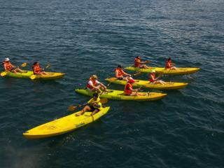 Angthong NP Snorkelling & Kayaking Tour