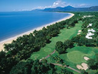 Sheraton Mirage - 18 Hole Golf Course