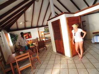 1 Bedroom Oceanfront Bungalow Inside