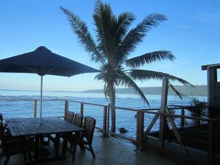 1 Bedroom Oceanfront Villa Deck