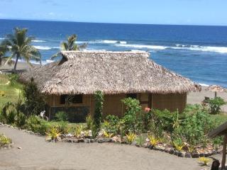 Beachfront Bure Exterior