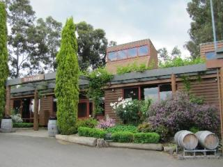Wine & Wildlife Tour - Fergusson\'s Winery
