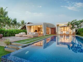 3 Bedroom Beachfront Pool Villa