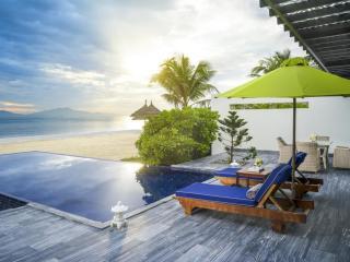 1 Bedroom Ocean Front Pool Villa