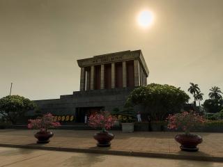 Hanoi City tour - Ho Chi Minh Mausoleum