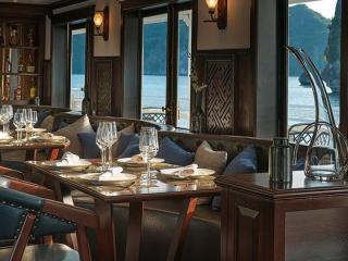 Paradise Sails - Dining